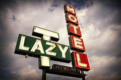 Lazy T Motel (avilon_music) Tags: red signs sign clouds mi vintage neon motel 1950s signage grandrapids neonsign neonsigns motels motelsign oldsigns vintagesigns vintageneon vintageneonsigns motelsigns lazytmotel vintagemotelsigns markpeacockphotography avilonmusic