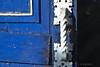 Atrás da Porta (JB Nascimento) Tags: minimalismo maçaneta santamarina azulebranco jbnascimento