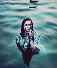Castaway Maiden (joshuamalik) Tags: net water sarah 50mm nikon 14 josh ann malik d300s loreth joshuamalik