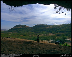 Inside a Cave in Shihait, Taqah, Dhofar (Shanfari.net) Tags: nature season lumix raw nissan natural 4x4 4wd super east panasonic safari arabia 1997 middle oman injection fz patrol gq fuel 97 gcc zufar rw2  salalah sultanate dhofar  khareef        dufar    y60     dhufar governorate  dofar fz38 fz35 dmcfz35