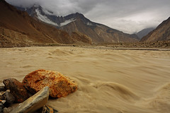 Kaiser's Polo Ground: Biafo River (Shahid Durrani) Tags: biafo glacier karakorams gilgit baltistan pakistan