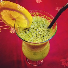 Lemon Mint #juice #lemon #mint #lemonmint #lemonmintjuice #lemonade #reemalbawadi #dubai #dxb #uae #crazylenz #photography (crazylenz) Tags: instagramapp square squareformat iphoneography uploaded:by=instagram rise