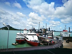 Transportation Nautical Vessel Mode Of Transport Cloud - Sky Sea Cloud Water Harbor Cloudy Day Ship Ocean Sky Tourism Commercial Dock Journey Waterfront Hauweip9plus Koh Samui Donsak Harbor Travel Destinations at on Seatran Ferry to Samui (mamarine) Tags: transportation nauticalvessel modeoftransport cloudsky sea cloud water harbor cloudy day ship ocean sky tourism commercialdock journey waterfront hauweip9plus kohsamui donsak traveldestinations