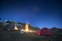 Camping (LibanoGraphie) Tags: stars stelle montagna mountain night campeggio camping three flame fire sony sonynex7 nex 7 samyang12mm samyang 12mm grandangolo wide superwide