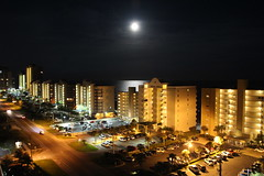 Moon over Gulf Shores Condo Towers_IMG_7435 (Wampa-One) Tags: moon condos gulfshoresal gulfofmexico