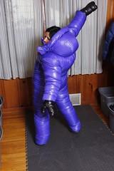 Down suit 2 (runkel4712) Tags: downsuit big hood