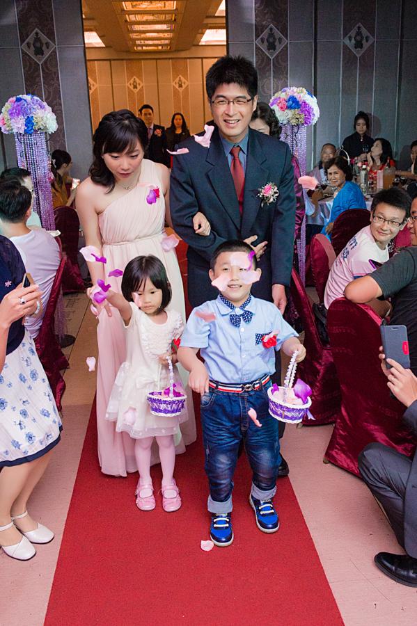 29566498491 8b7d8b19ae o - [台中婚攝]婚禮攝影@新天地 仕豐&芸嘉
