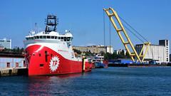 Red Vessel Yellow Crane (cokbilmis-foto) Tags: istanbul haydarpaa port crane bosphorus bogazici waterfront trkiye turkey vessel ship ships sony rx100 petrolleri tp barbaros ulstein xbow bow gar hayreddin paa