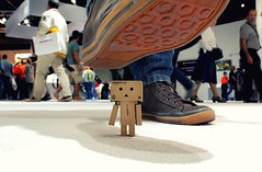 24/365 Oh oh (-Aperture-) Tags: danbo danboard canon eos 600d 1855 is ii sony boden floor schuh shoe photokina 2016 kln cologne 365 tage days project projekt amazon
