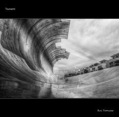 Tsunami (Rui Trancoso) Tags: parque wave escultura das onda naes ilustrarportugal ruitrancoso mygearandme mygearandmepremium mygearandmebronze mygearandmesilver mygearandmegold mygearandmeplatinum ftsmay