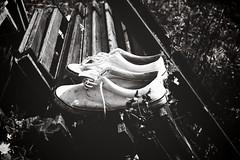 Bean's White Shoes (Pierluigi Muscolino) Tags: wood friends italy music canon mark ii 5d usm 50mmf14