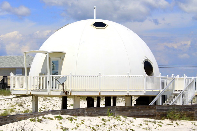 The Igloo House of Navarre Beach, FL