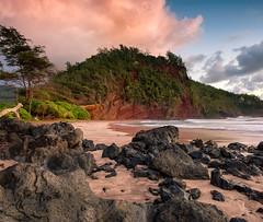 Koki Beach (mojo2u) Tags: ocean sunrise hawaii redsand maui hana kokibeach nikon2470mm nikond700 redcinderhill kalwiopele