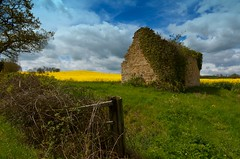 Derelict Stone Barn. (Beta ~ man) Tags: man beta photoart ~ betaman nikond7000 rutlandphotoart