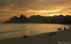 Fim de uma tarde de Outono na Praia de Ipanema - Rio de janeiro (.**rickipanema**.) Tags: brazil rio brasil riodejaneiro ipanema rio2016