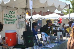 "2011 Los Feliz Street Fair • <a style=""font-size:0.8em;"" href=""http://www.flickr.com/photos/51372061@N02/7269689836/"" target=""_blank"">View on Flickr</a>"
