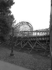 Hershey park, PA.. The Wildcat roller coaster (Spike's Honey) Tags: world park speed fun amusement wooden factory place pennsylvania earth chocolate fast s hills pa roller hershey rides milton wildcat thrills sweetest coasters hersheypark on the