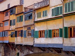 Ponte Vecchio, Florence - Italy (Rakel Reds) Tags: street windows italy detail geometric composition buildings geotagged photography florence italia view tuscany pont firenze toscana sequence italie alternative pontevecchio finestre dettaglio oldbridge wttw