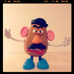 Bau! #potato #head #toystory #pixar (Andy Ostafi) Tags: square nashville squareformat iphoneography instagramapp uploaded:by=instagram