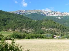 CHTILLON EN DIOIS (26410) Le Glandasse vu de Guignaise (jldarriere) Tags: nature grenoble vercors vigne noix bez rhnealpes noyer dauphin diois glandasse fz100 moyennemontagne voconces chtillonendiois guignaise