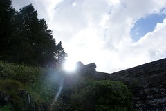 Here Comes The Sun (MJ_100) Tags: county sun sunshine wales dam reservoir ceredigion cardigan penygarreg