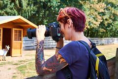 Tina (ich mag ihre Tattoos) (Cyclefan) Tags: manfredtrller germany deutschland girlfriend lady tina tattoo beautiful hbsch tierrefugiumhanau vegan