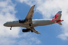 jetBlue Airbus A320 N605JB (jbp274) Tags: lgb klgb daughertyfield longbeach airport airplanes jetblue b6 airbus a320 bostonredsox mlb logojet