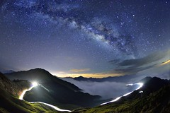 ~~  Milkyway above the Clouds & Rails (Shang-fu Dai) Tags:  taiwan  nikon sky landscape formosa galaxy   milkyway  mthehuan    tokinadx1017mm d800e    clouds  rails