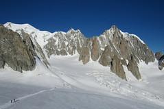 Monte bianco, 4810 m (mimu81) Tags: valdaosta altavia1 mountains alps alpi trekking hiking italy valferret montebianco montblanc snow white ice glacier