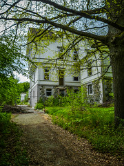Sanat-A (66) (wilhelmthomas58) Tags: fz150 hdr sanatorium harz abandoned lostplaces