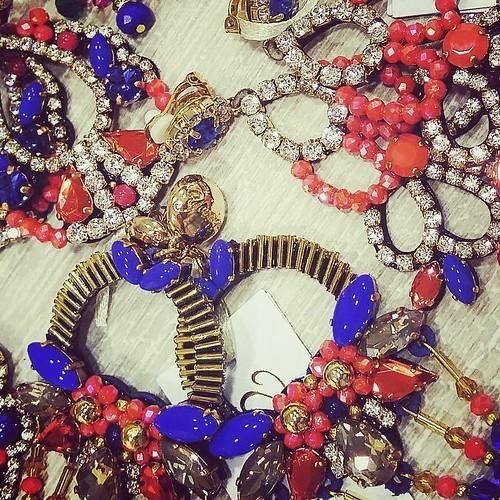#newcollection #fashionjewellery #bijoux #accessori #personalizzati #madeinitaly #handmade #collane #allcoulors #blu #coral #orange #instagood #instaclouds #instaspring #fashion #nuovacollezione #younique #creazioni
