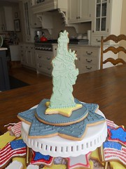 Liberty Island (mimistro) Tags: statue liberty cookie statueofliberty patrioticcookies