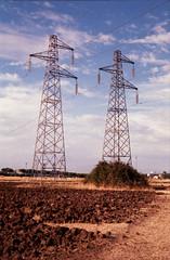 Power (Gothic74) Tags: color zeiss t power 28mm contax carl electricity fujifilm g2 poles colori energia elettricità tralicci elettrica c200 contaxg2 biogon altatensione gothic666