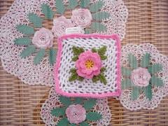 'Irish Rose' Challenge. (MRS TWINS/SIBOL 'Sunshine International Blankets) Tags: squares elderly blankets challenges sibol