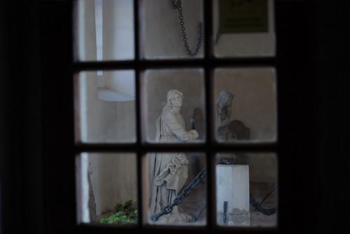 Cez-okno