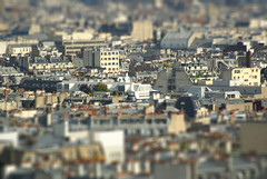 Paris Mignon | PARIS ROOFTOPS (Elisabeth de Ru) Tags: paris france europa europe frana frankrijk francia parijs parigi tiltshift parys  viewfrommontmartre parisi   pariz  parisrooftops   celisabethderu elisabethderu