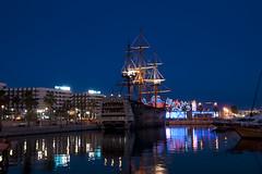 Alicante (Tor-Inge Langberg) Tags: puerto boat spain alicante bluehour skip bt bltimen spania bltime