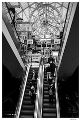 St. Stephen's Green Shopping Centre - Dublin (Lanfranco_B) Tags: street city ireland people bw dublin white black green st mall shopping stair centro center commerciale stephen stairway stephens irlanda grafton ststephensgreenshoppingcentre