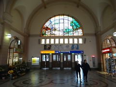 Hauptbahnhof (Letty*) Tags: eisenach europe family germany livinginhanover people trainstrainstations travel