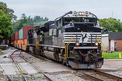 NS 1129 | EMD SD70ACe | NS Memphis District (M.J. Scanlon) Tags: rail railroad train locomotive norfolk southern union pacific up ns transportation outside outdoor cars cloudy clouds art mojo scanlon photo cool