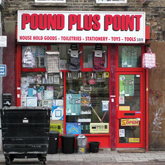 Pound Plus Point, Bethnal Green Road E2 (Emily Webber) Tags: london shops e2 shopfronts towerhamlets bethnalgreenroad londnshopfronts