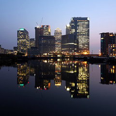 London Canary Wharf (david.bank (www.david-bank.com)) Tags: money london architecture modern canon reflections twilight europe dusk shift bank wharf bluehour canary tilt reflexions financial offices tse barclays citi onecanadasquare citybank 17mm