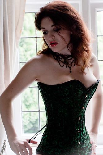 Fawna Latrisch Nude Photos 21