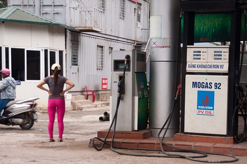 Hanoi Honey Bottom in Pink Getting Gas