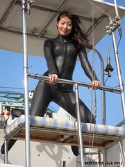 Wetsuited Beauty (Black1018b) (mixnuts club) Tags: fetish scuba diving bondage rubber diver wetsuit wetsuits frogwoman rubbersuits