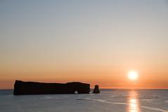 Lever de soleil, Perc (MaxGiro) Tags: sunrise quebec rocher gaspesie leverdesoleil perce