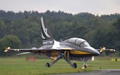 IMG_0150 (CanvasWings) Tags: england canon wings canvas farnborough farn farnboroughairshow 550d canon550 canon550d england2012 farn12 farn2012