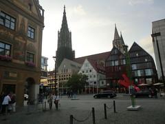 Blick vom Rathaus auf den Ulmer Münster (Bonn Truck) Tags: deutschland um juli ais indeutschland ulmerrathaus