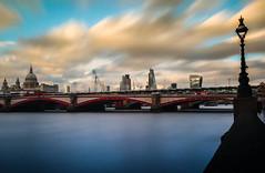 BRIDGELINE (Rober1000x) Tags: summer 2016 bridge train station river england uk london londres skyline europa europe towers architecture saintpaul