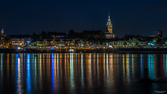 Nijmegen (State of Decay) Tags: nederland holland nijmegen stad nacht water waal cityscape waterfront lights licht
